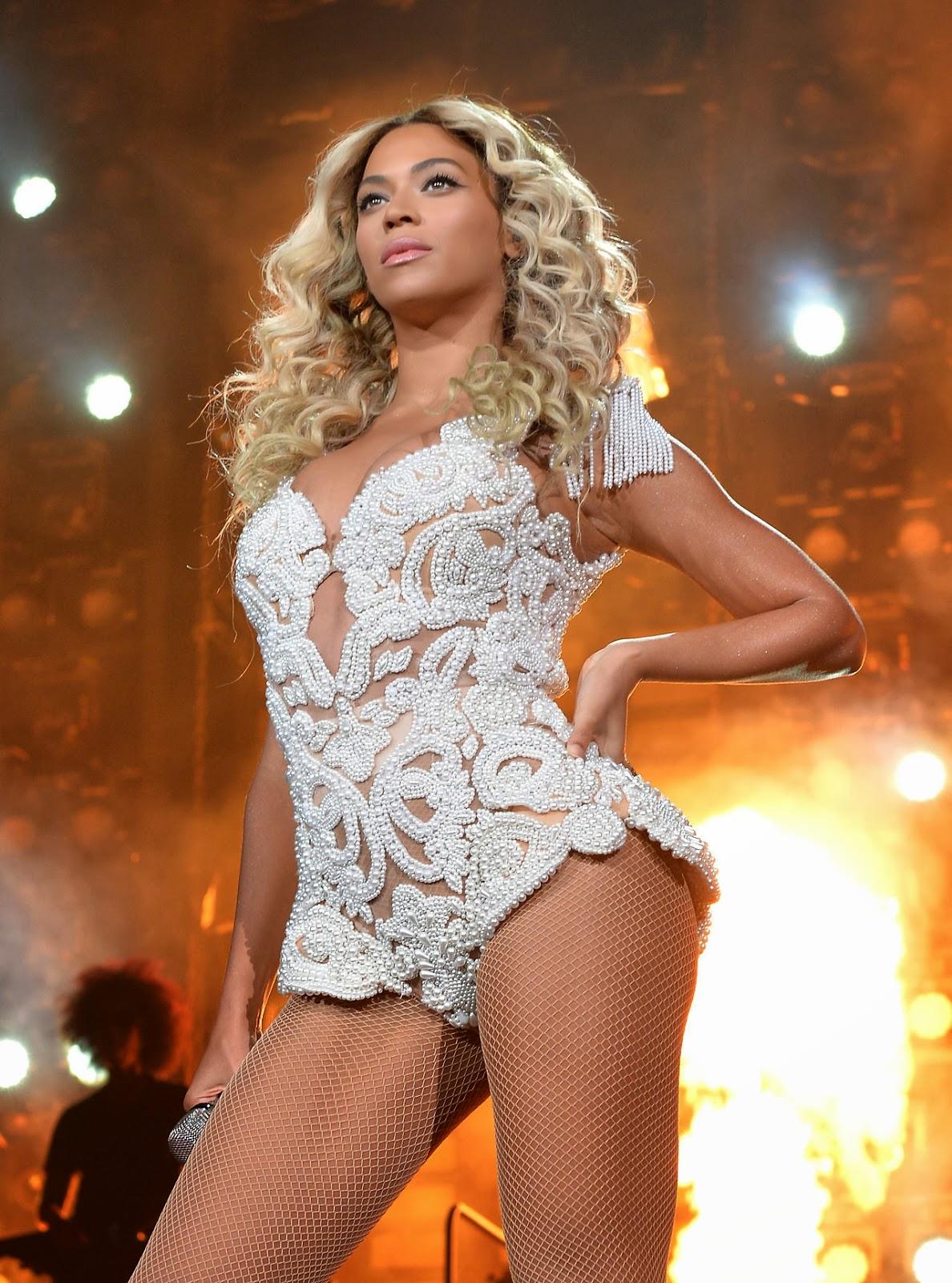 La chanteuse américaine Beyoncé s'apprête un sortir un nouveau single, Runnin' (lose it all). Le clip intègre des images sous-marines en apnée tournées avec Guillaume Néry et Alice Modolo à Rangiroa.